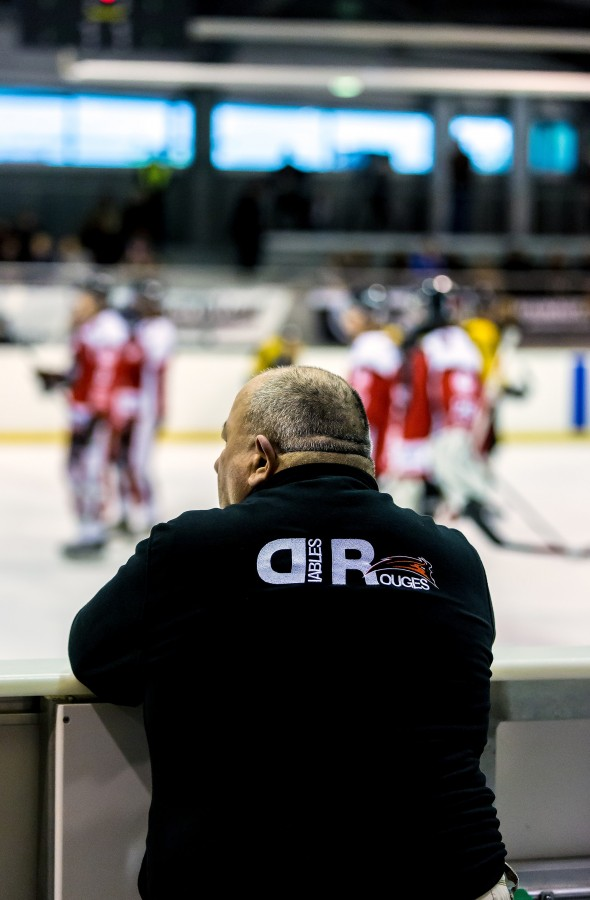 Match de hockey sur glace du 25 octobre 2014 : Les Diables Rouges de Valenciennes contre les Dragons de Rouen. Score final de 2/4.